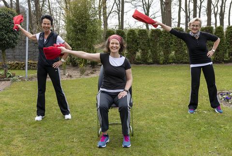 Gymnastik mit dem Handtuch - neues Fitnessvideo von EV und TVE